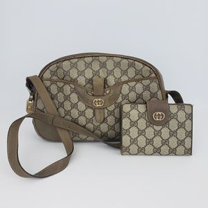 Gucci  VTG GG Pattern Leather Handbag
